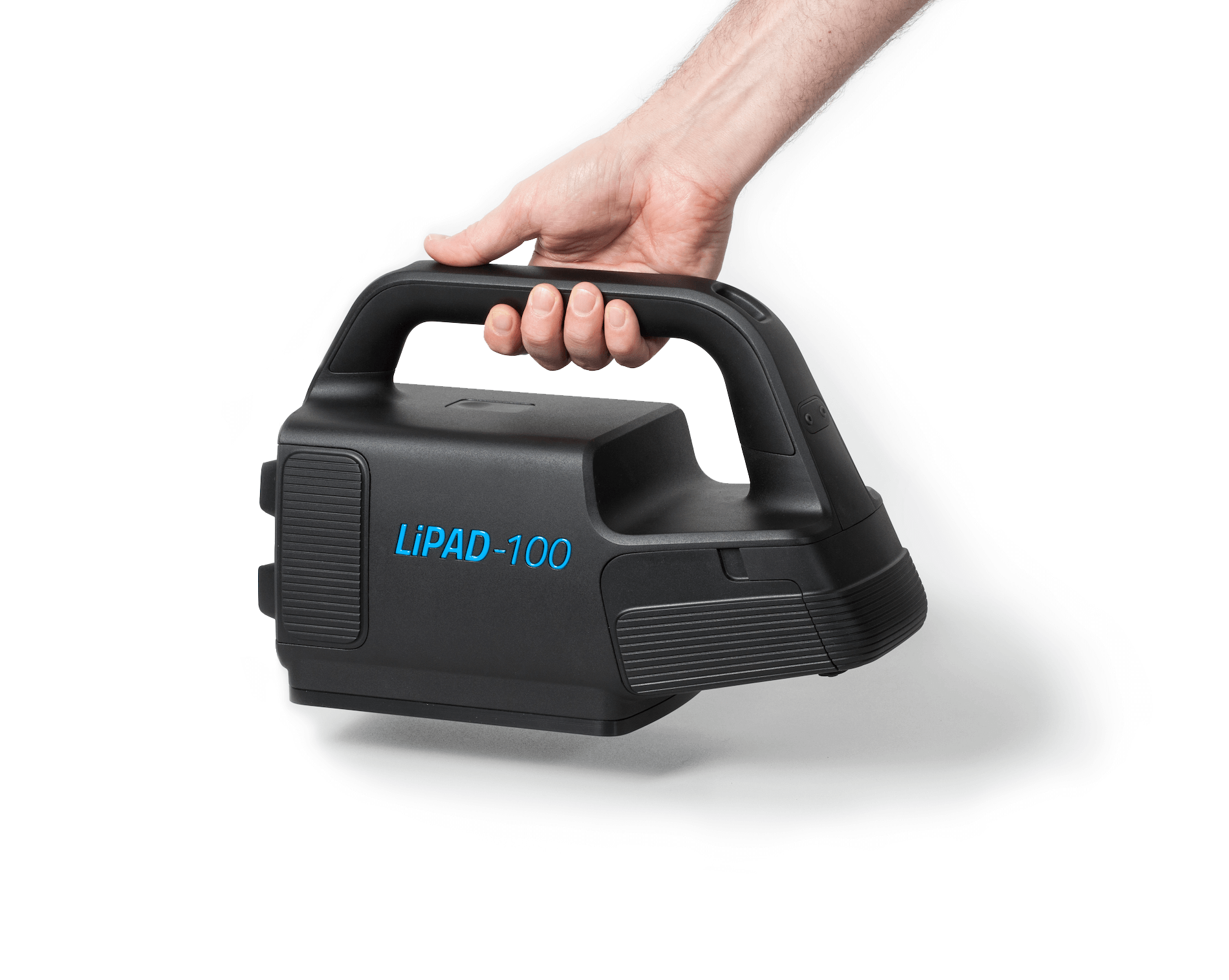 The measuring device LiPAD®-100 by LITEF is held with one hand, from above, into the picture.