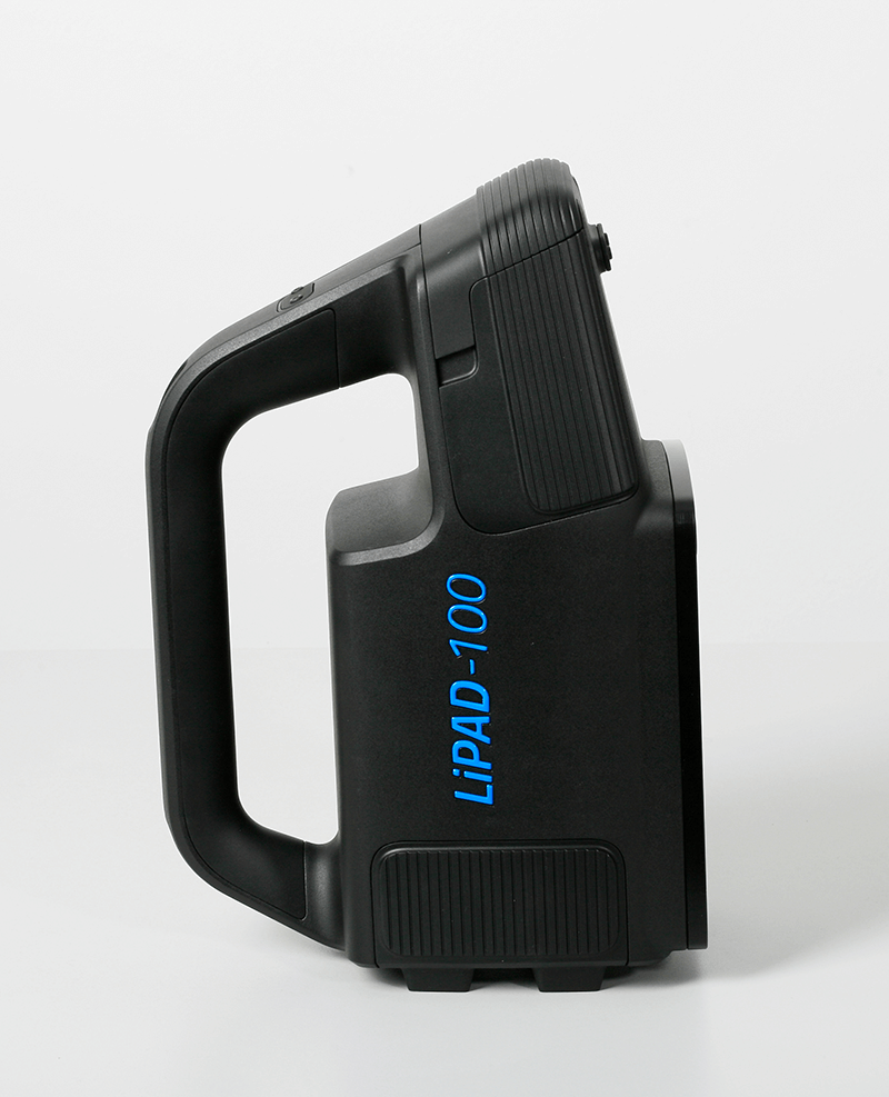 The measuring device LiPAD®-100 by LITEF vertical, photographed from the side.